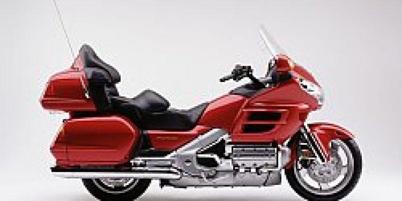 JC Biketravel Bike rentals Honda Goldwing